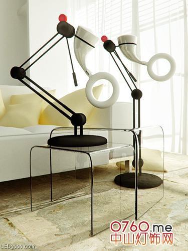 圆形磁力发电LED台灯