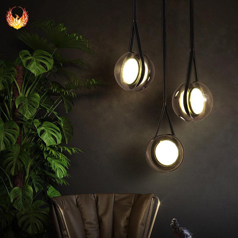 北欧溜溜球餐厅吧台小吊灯 简约卧室床灯具创意艺术客厅LED三头灯