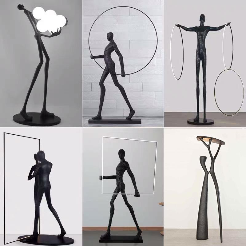 简约现代人形艺术雕塑抱球落地灯酒店展厅创意大型人体摆件坐地灯